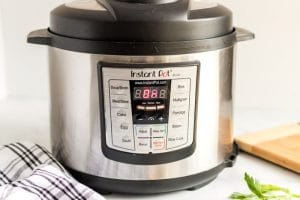 Close and set instant pot.