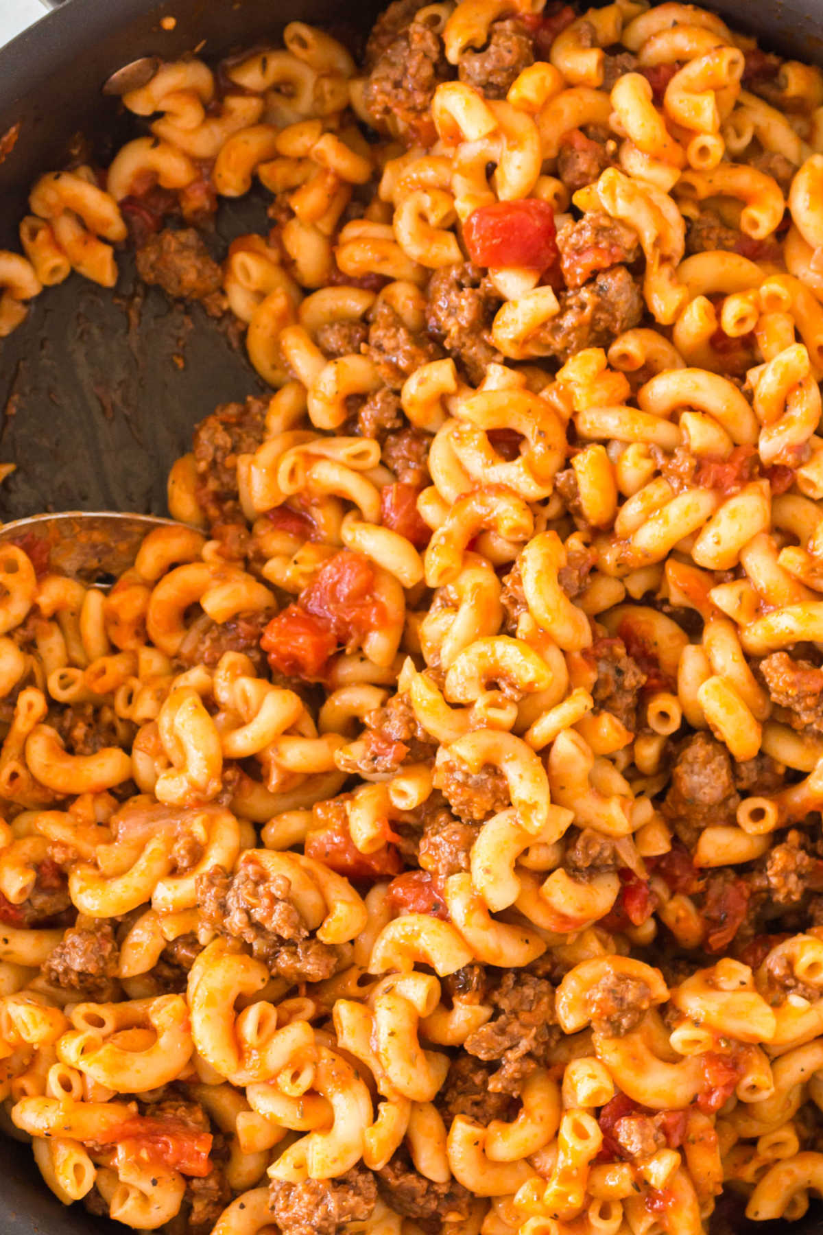 American Goulash is an easy one-pot dinner classic that the entire family loves. It's some good old fashioned comfort food.  via @easybudgetrecipes