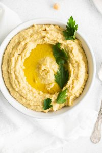 An overhead picture fo the finished easy hummus recipe.
